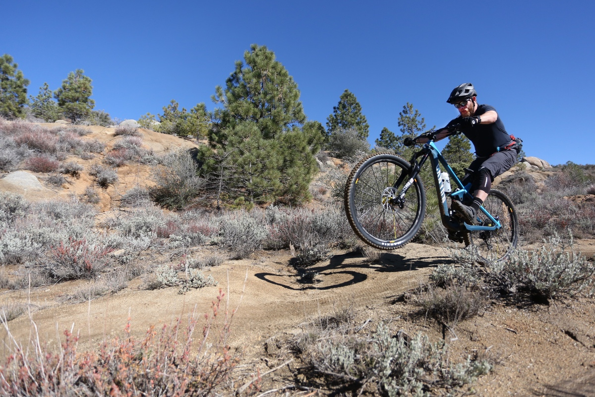 Canyon Strive CFR 9.0 Team First Ride Review