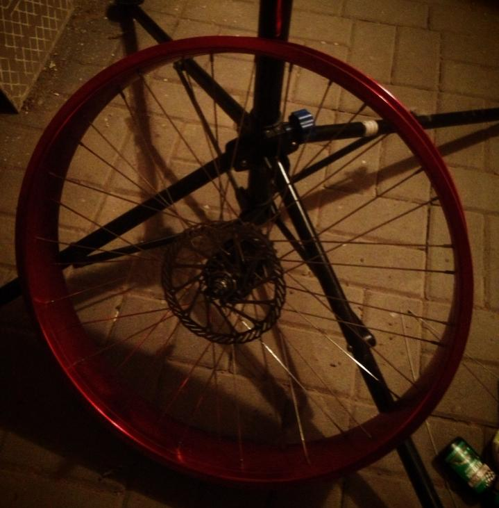 Drilling Robssons 80s rims .... or more air for my Pug...-2sxa.jpg