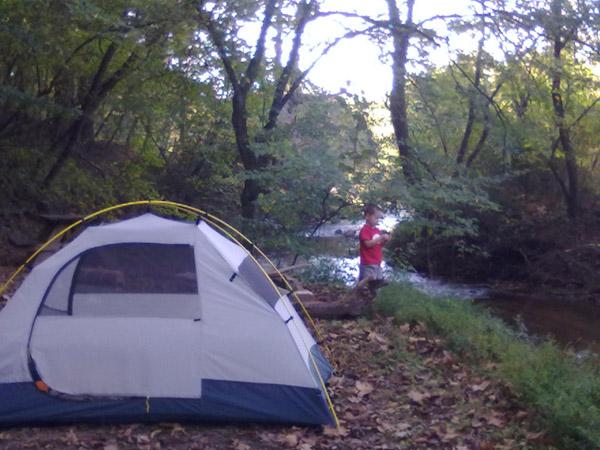 Dad + 4 year old + 2 dogs + Warrior Creek = Fun-3.jpg