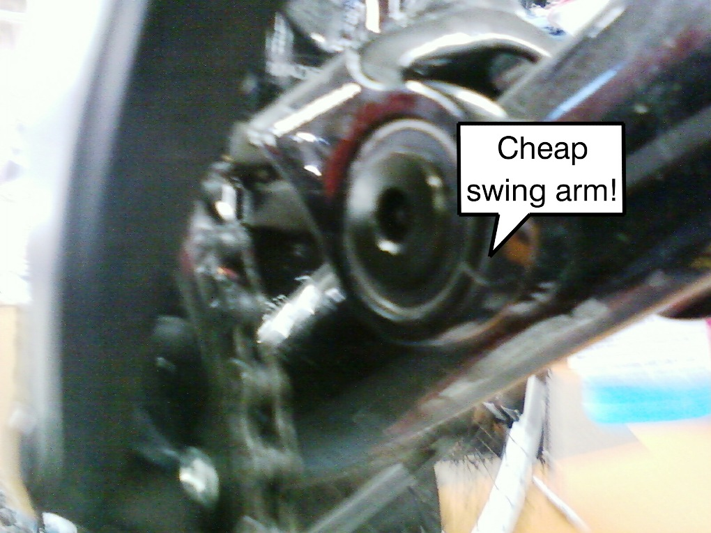 08 DB Recoil with cracked swingarm-320149530501.jpeg