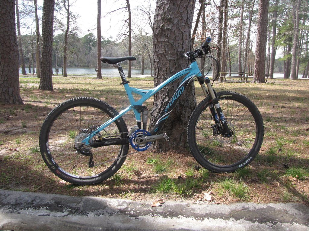 Show us a picture of your 26er MTB that you still use on the trails-389.jpg