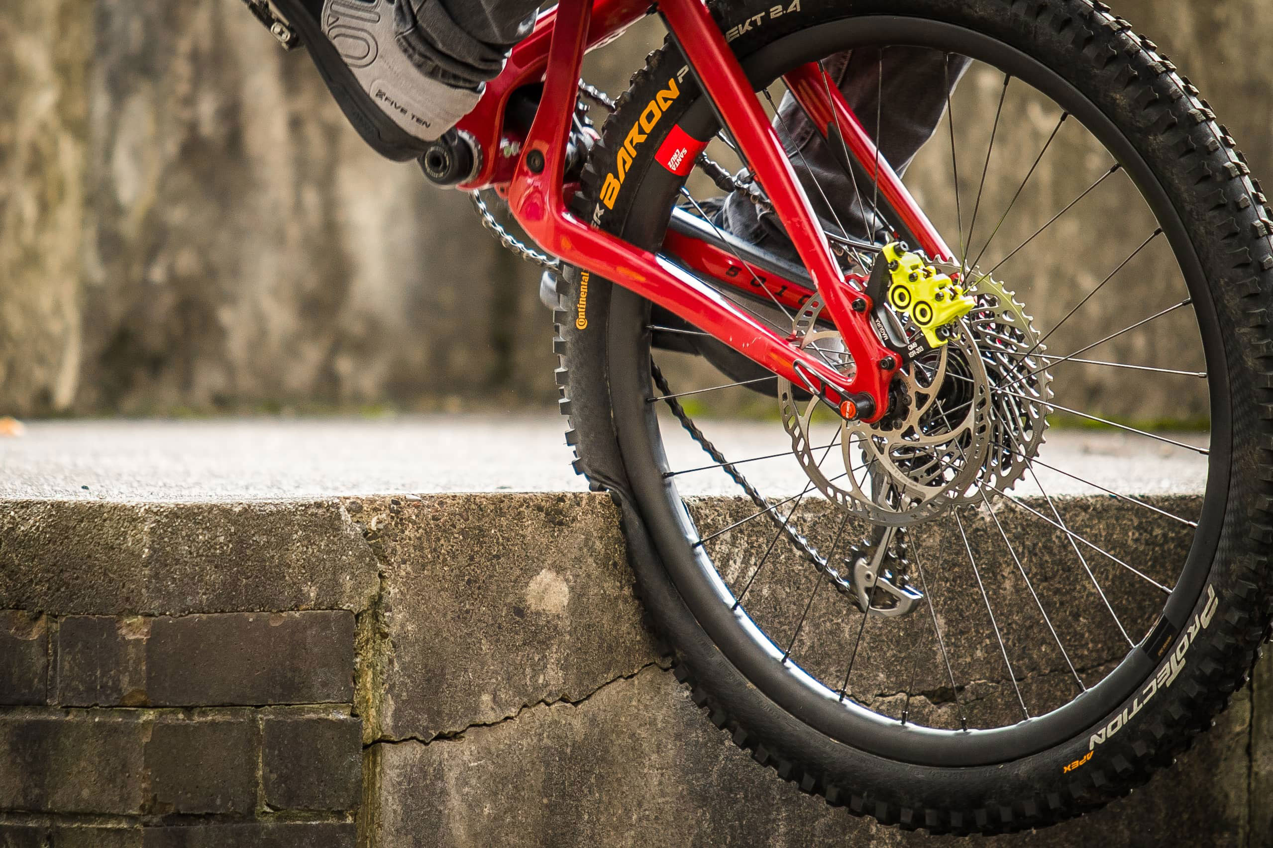 Santa Cruz Reserve Carbon Wheels