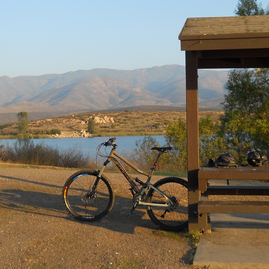 Should I take the plunge and buy this full suspension mountain bike?-4.jpg