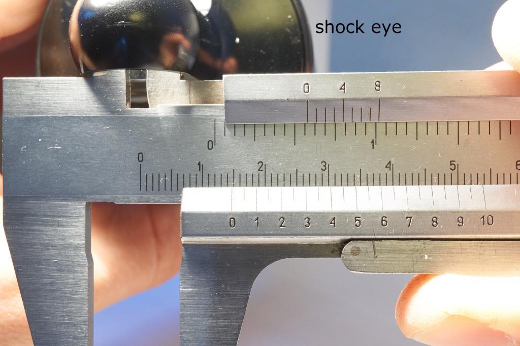 Serious problem with Cane Creek DB Air CS bushing size - 14,7mm bushing too loose-4-shockeye.jpg