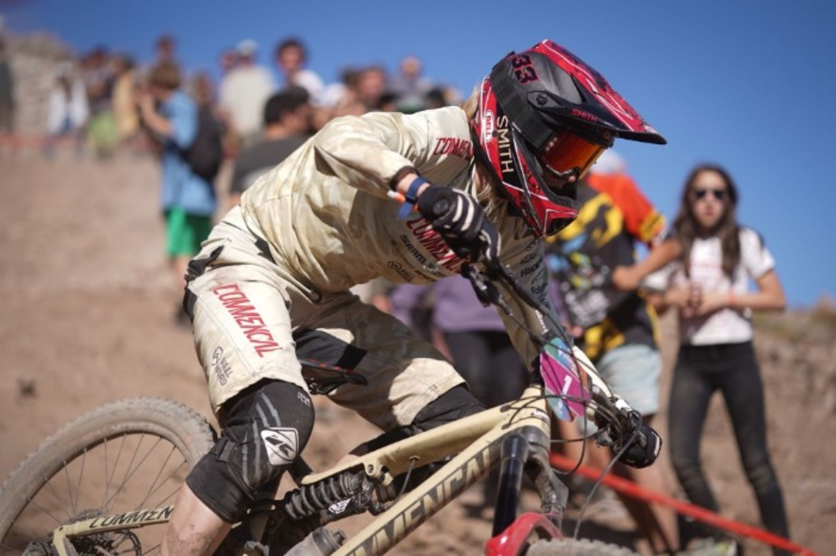 Hill, Ravanel tame Chilean anti-grip at EWS opener