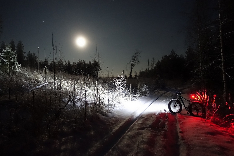 Snow and ice riding picture thread.-45846545124_aced5be769_c.jpg