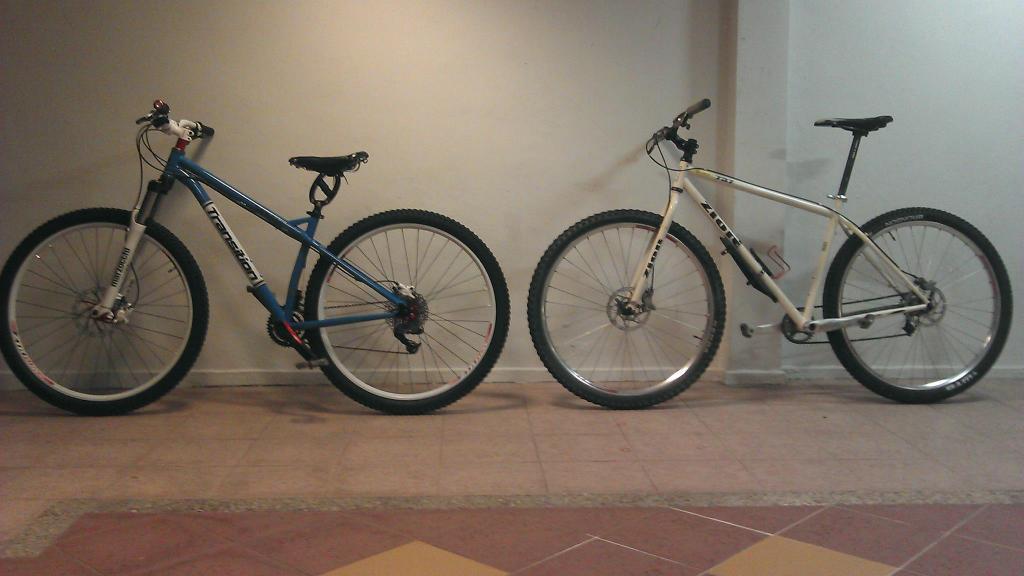 My fleet of bikes-463232_3551713465267_1045536561_3271048_1964169752_o.jpg