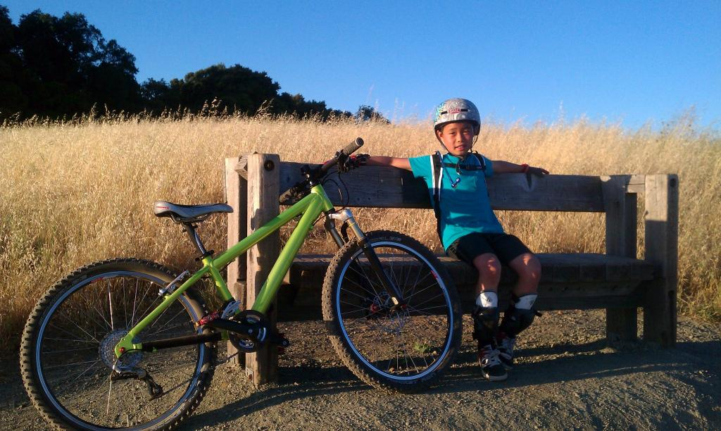 Kids bike gallery-469751_459867140708604_1276807550_o.jpg