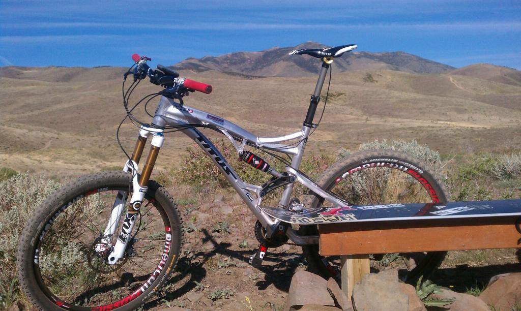 How about a bike and setup sticky?-475376_3850955722374_1532679490_3187646_587060971_o.jpg