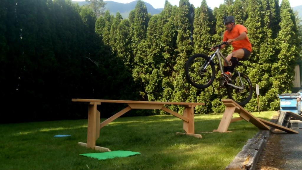 """Practice 33"""" drops in your yard, DIY jump to skinny 33"""" drop: video link-4791748181450601682.jpg"""