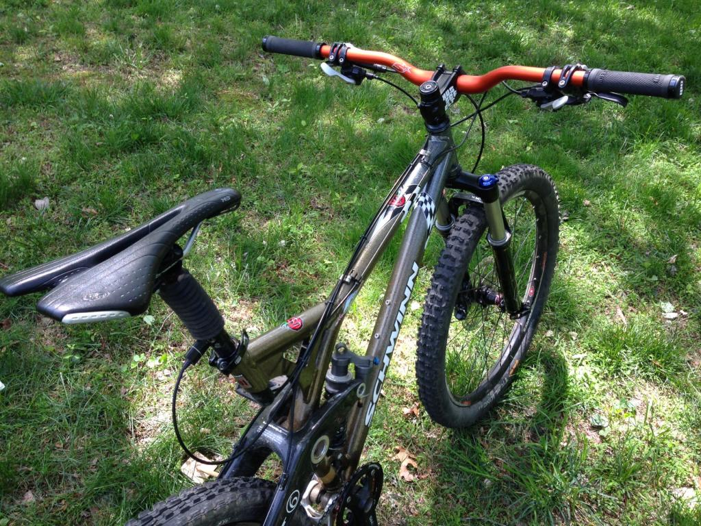 26ers over 10 years old-4b-bbg-top-right-rear-quarter.jpg