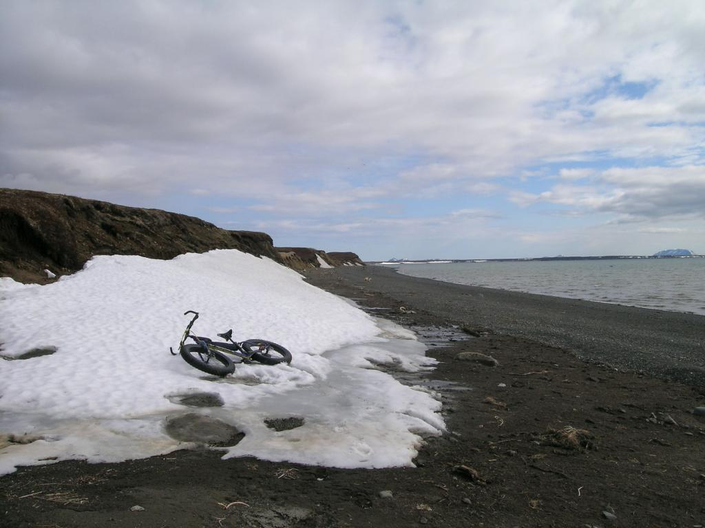 Beach/Sand riding picture thread.-5.-bluff-snow.jpg