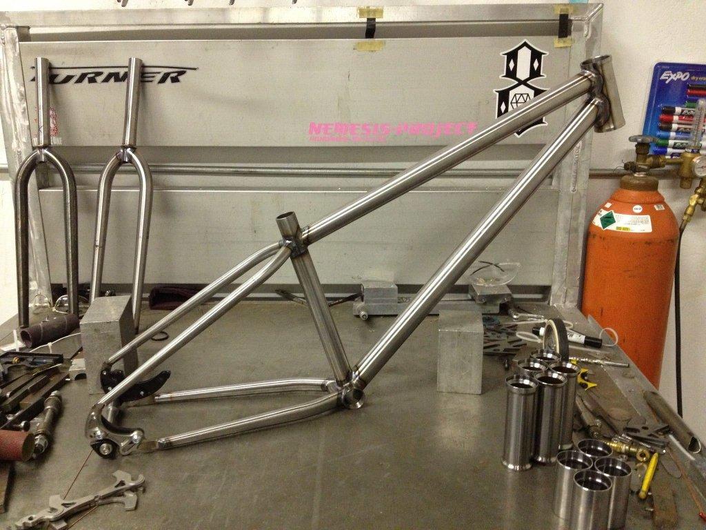 Need Frame builder for Custom DJ bike-52077_10201631775493691_1294609980_o.jpg
