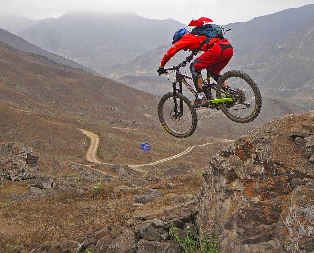 Biking in Peru-52amancaes-diegodsc05984.jpg
