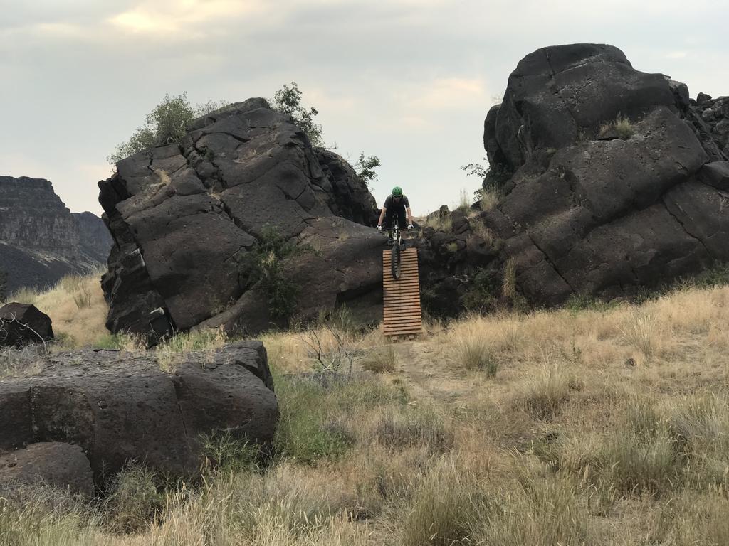 Riding+Geology= awesome!!!-53ca4651-e0e9-45d1-86c3-01ba84817595.jpg