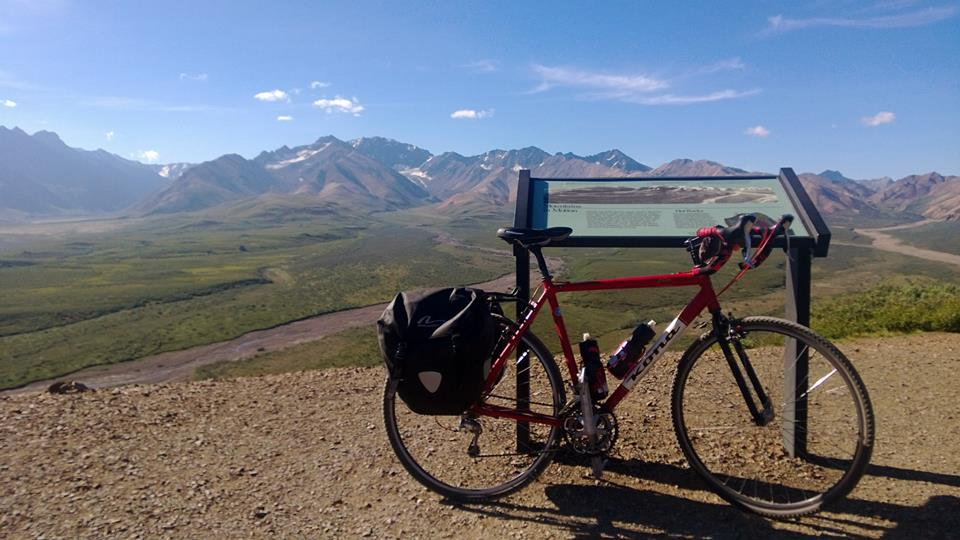 Post your Bikepacking Rig (and gear layout!)-548306_10151626707504398_578065630_n.jpg