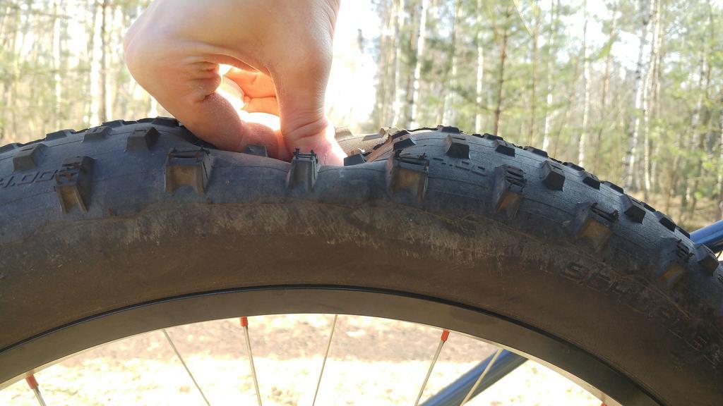 REVIEW: The 140g Super light Revoloop Fat tire tubes-55.jpg