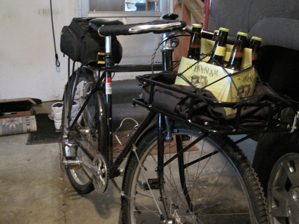 How I transport beeer and other beverages-5507809124_29b8fd6685_b%5B1%5D.jpg