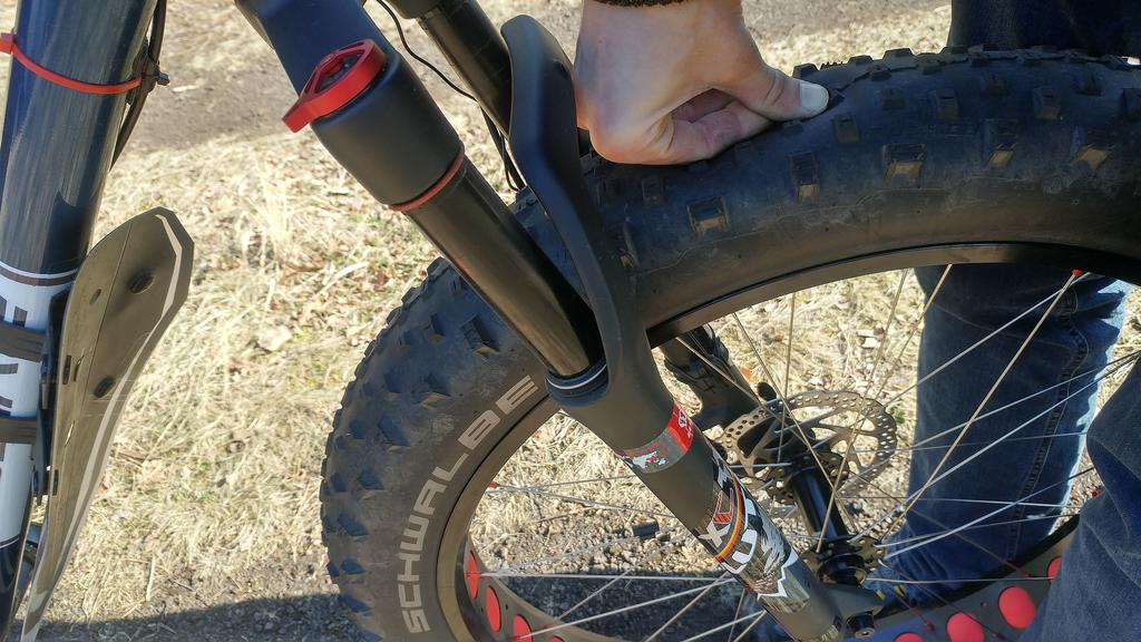 REVIEW: The 140g Super light Revoloop Fat tire tubes-56.jpg
