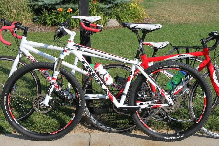 My 2012 Trek/Fisher Superfly Al Elite 29er HT-561041_4254542371141_283480294_n.jpg