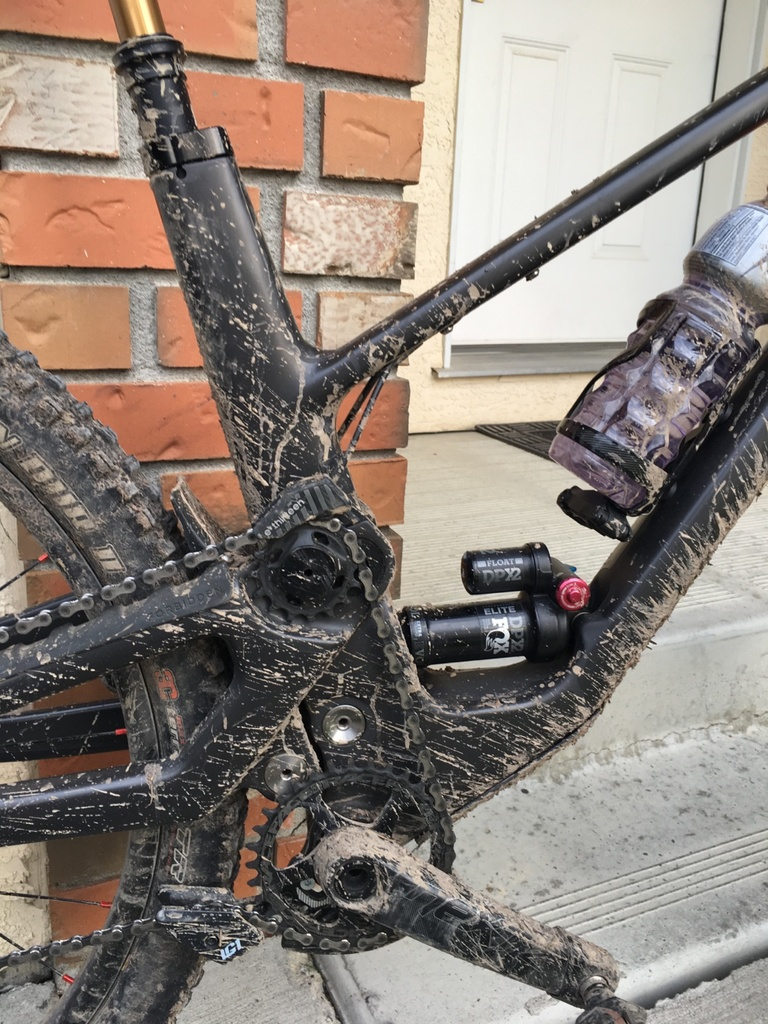 What Bottle Cage Are You Running?-58493776354__2d56aa7c-9cc6-4991-ba66-89c3ebcb205d.jpg