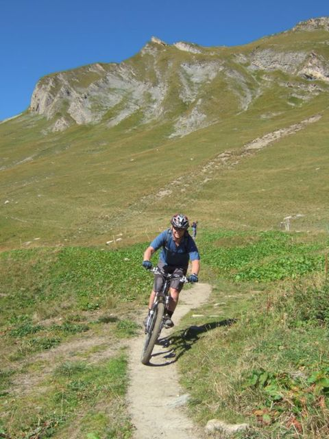 Biking in Fench Alps or Italian Dolomites? Have to pick one-59570042.jpg