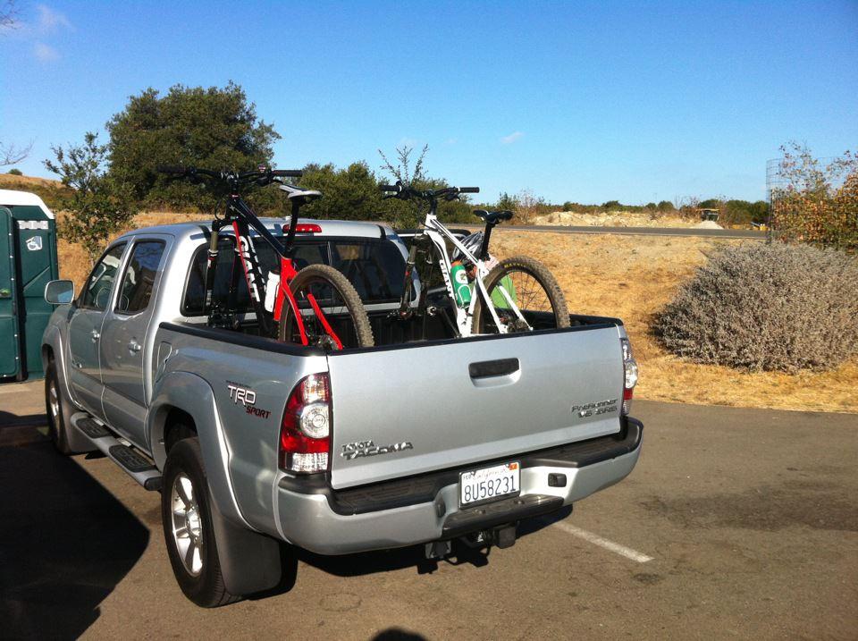 Pick up truck bike racks?-598841_529881373705644_975400028_n.jpg