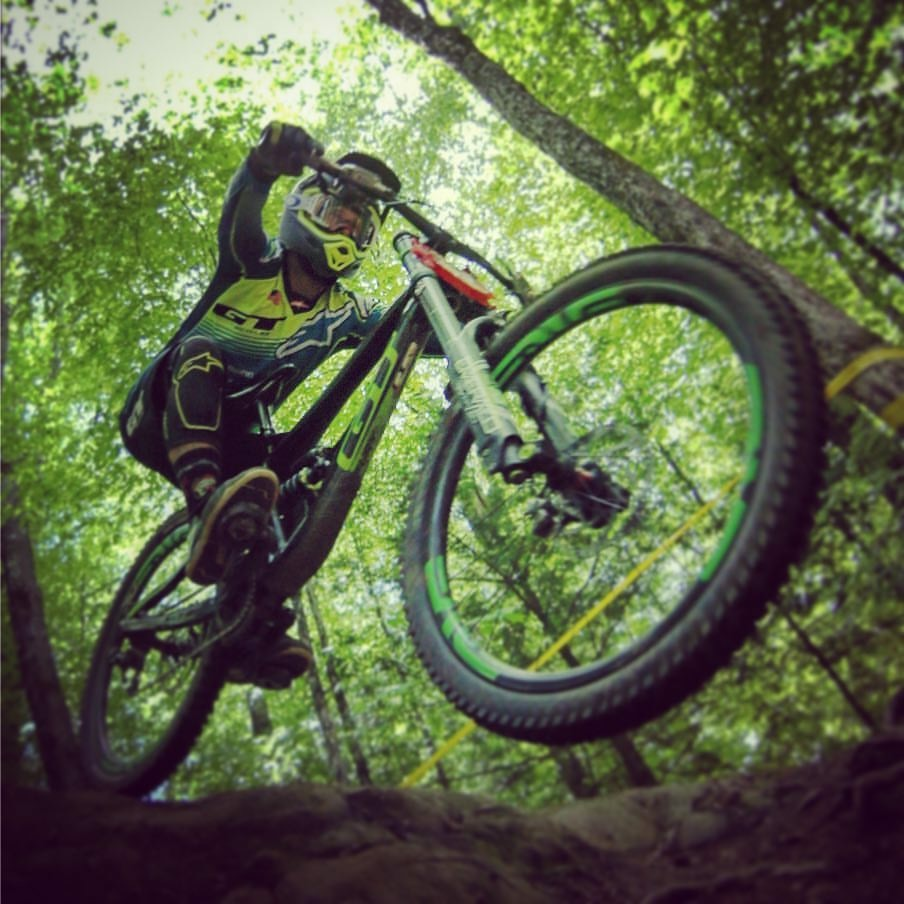 A Guide to 2019 Downhill Racing in the United States-5c74d630-4700-47b6-be4e-151c48f55a84.jpeg