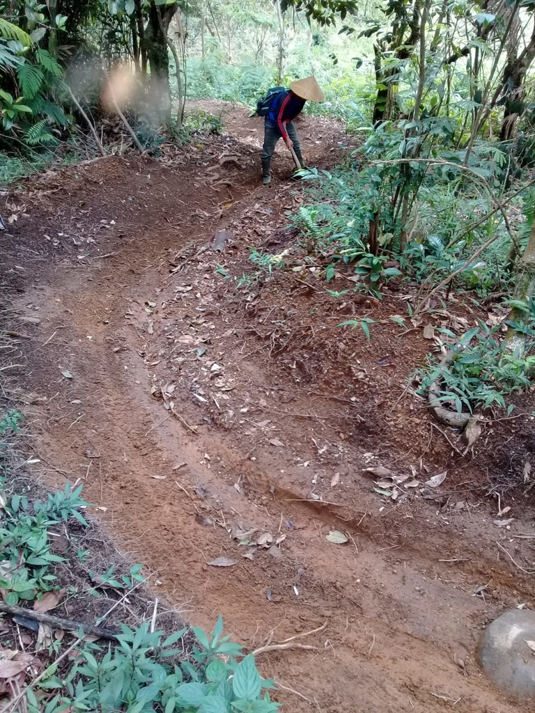 Show a Pic of Your In-process / Recently Finished Trail-6.jpg