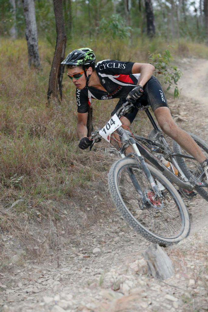 New race bike, need sizing help-620455_10151084641812834_966542146_o.jpg