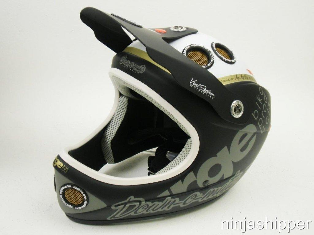 Lightweight and well vented full face helmet-620903068_o.jpg