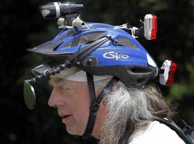 could helmet lights interfere with helmet mirror ?-628x471.jpg