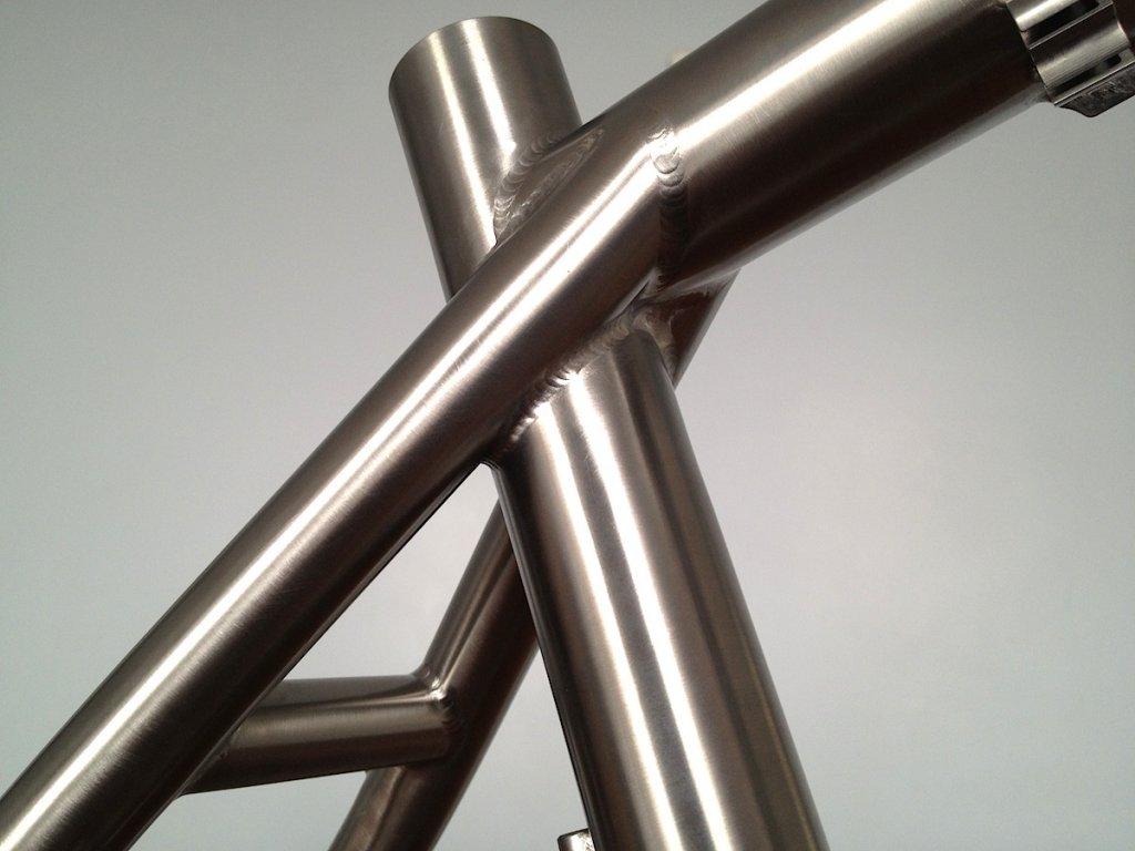 Chinese titanium frames direct-650bframefb03.jpg