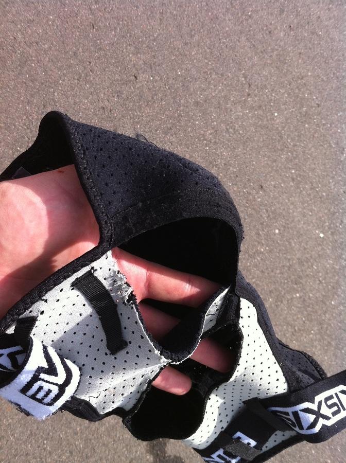 661 Evo Knee pads fell apart!-661.jpg