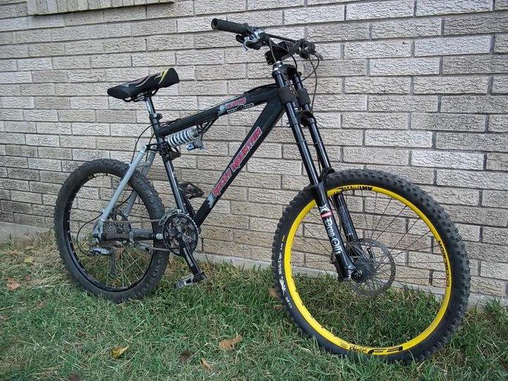 Old School DH bikes-67423_1381886081012_5649514_n.jpg