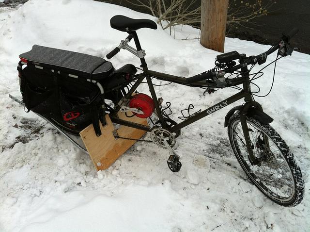 Bike snowplow-6830262629_950fb864ee_z.jpg
