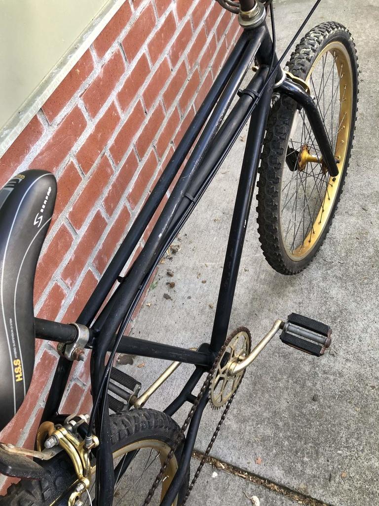 Mystery bike-68e127bb-b1c9-4977-8c90-a4218bbb6cc95d2f5ccd19.jpg