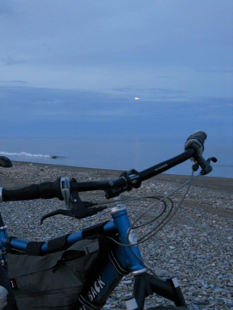 Daily fatbike pic thread-7-moon-fatback.jpg