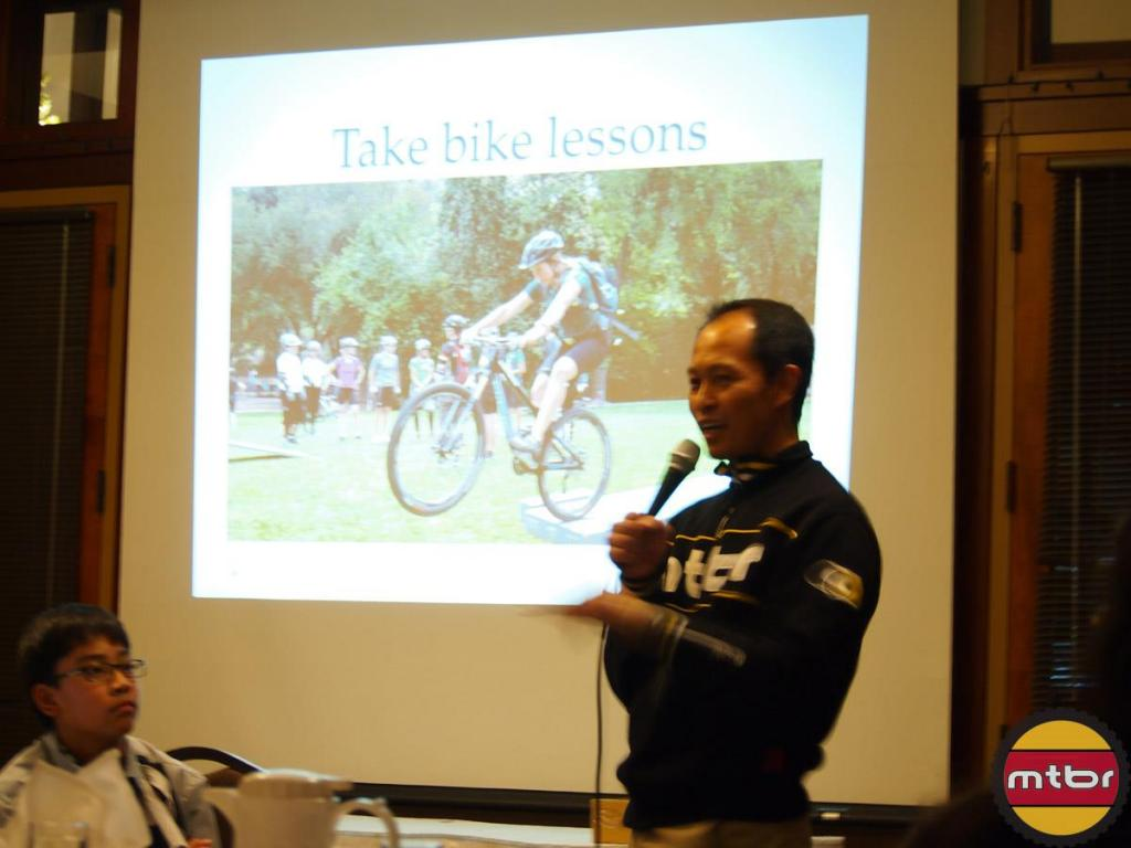 Mtbr speaking at ROMP Holiday dinner, Nov. 30-704188_10151152123013590_387370753_o.jpg