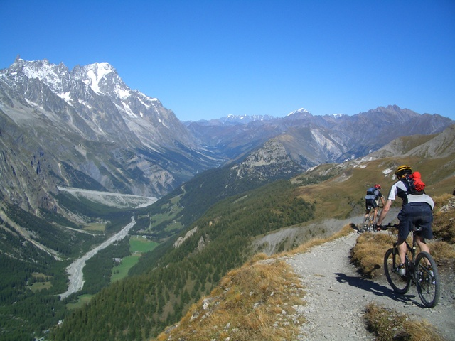 Biking in Fench Alps or Italian Dolomites? Have to pick one-72223924p.jpg
