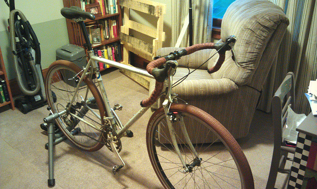 How do we build ourselves a fast road bike... that isn't a road bike?-7314116966_8509cb0021_z.jpg
