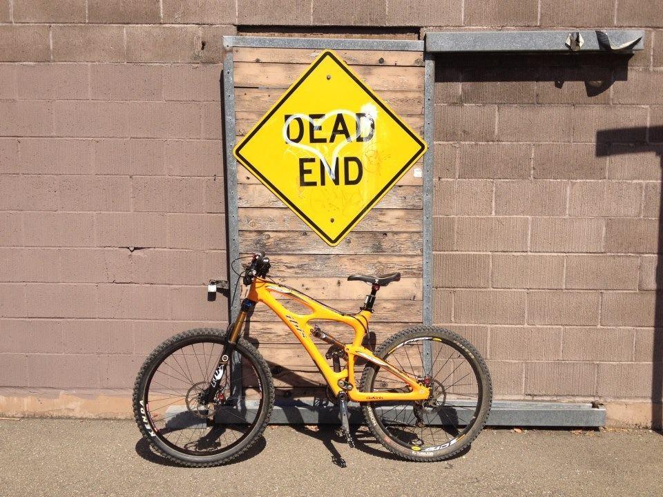 Stolen Mojo in Richmond-75063_4508631548462_26522453_n.jpg