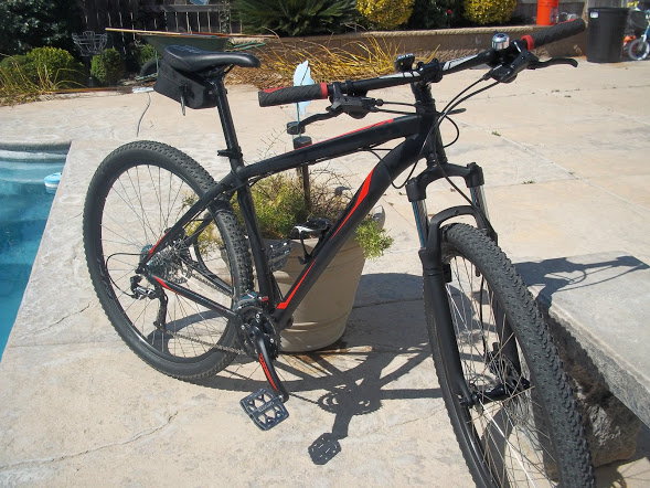 Your Entry Level MTB (Pics and Upgrades)-779928d1363031477-13-hardrock-sport-29er-102_3685.jpg