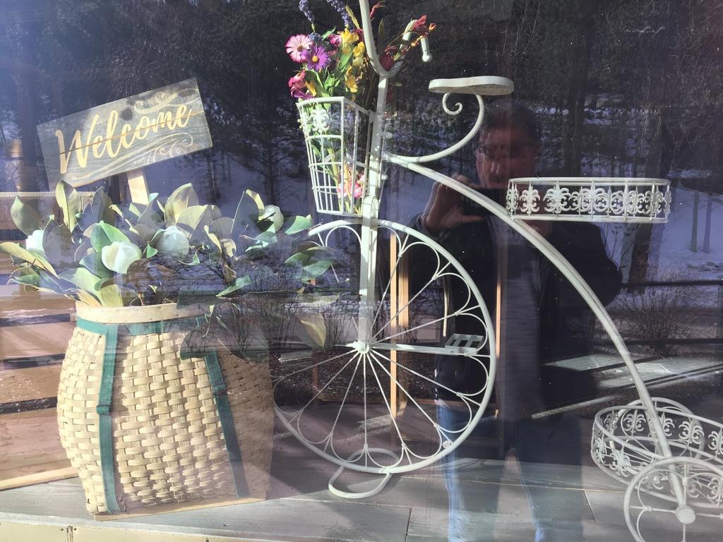 Sad Bikes-7f656727-9143-46d6-a5ff-d7b1bdb5cb71.jpg