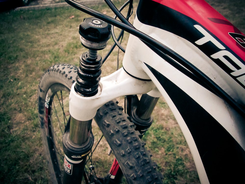 Preload cap on RockShox XC30 popped off.-827470d1377656930-talon-owners-img_1011.jpg