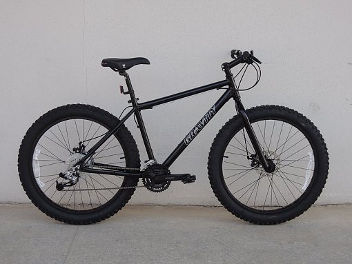 Name:  847850d1384822621t-moto-bikes-direct-fatbikes-1463065_10152201219524368_1051827414_n.jpg Views: 6352 Size:  40.1 KB