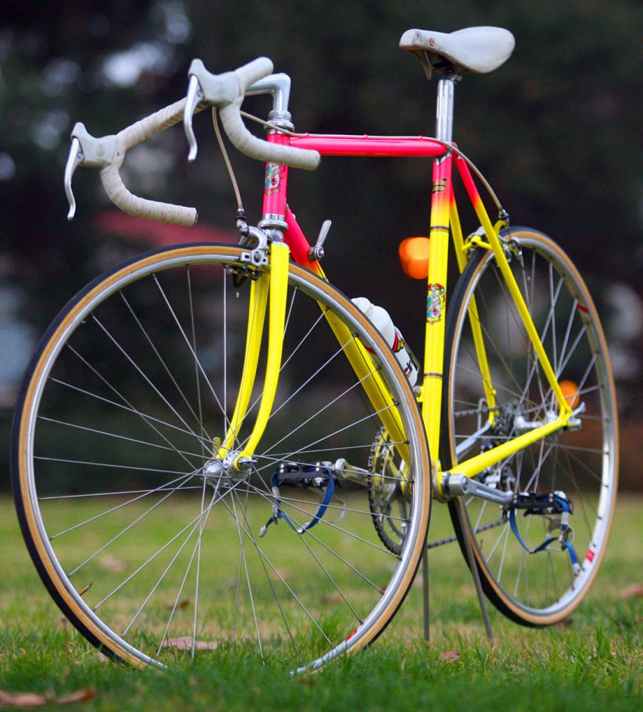 Old neon bike photos please..........-85-cinelli-sc-3.jpg