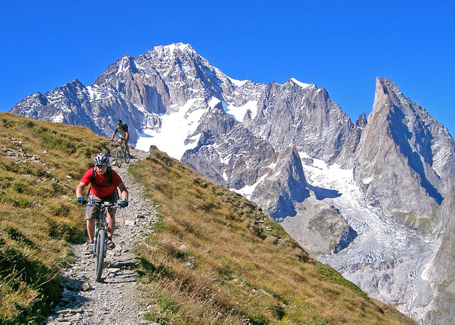 Biking in Fench Alps or Italian Dolomites? Have to pick one-85234585.jpg