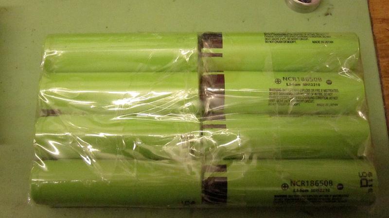 Bazooka Light... (or Revolver MkIII)-8700273313_3133550e8b_c.jpg