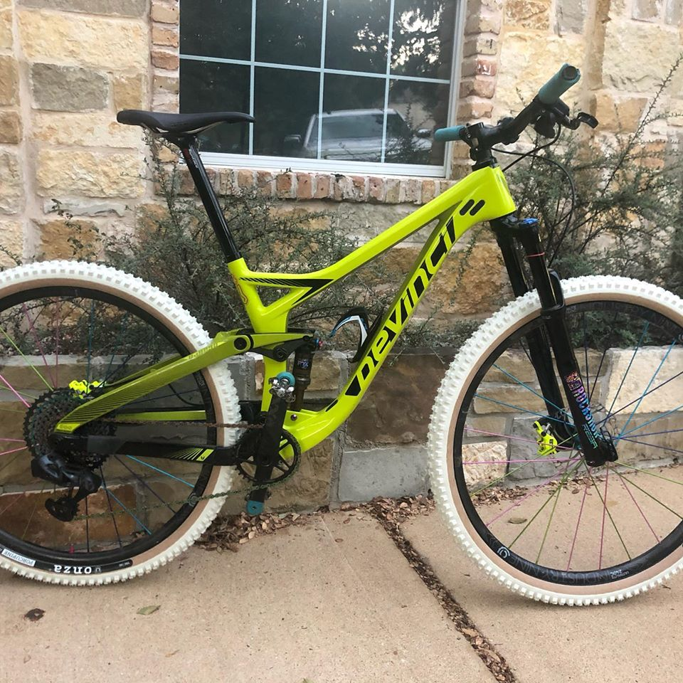 Post your PICTURES of your bike if it has custom color coordinated parts-87042673_2975855499113380_911136509657088000_n.jpg